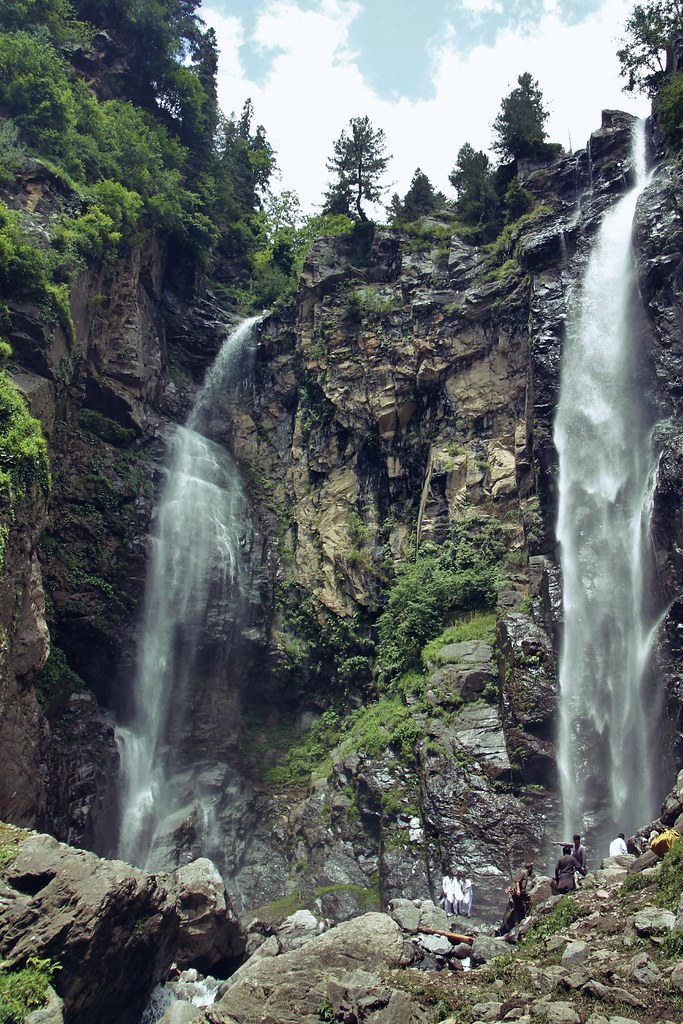 jarago waterfall, swat