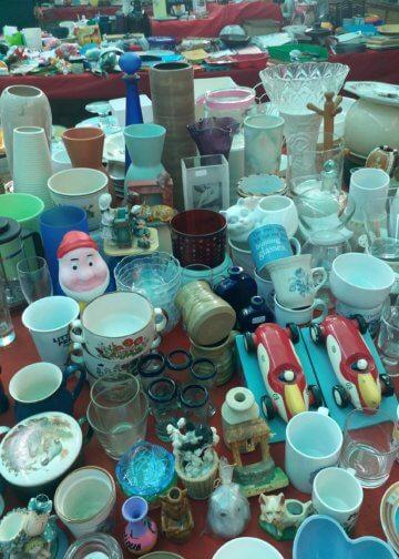 Kitchen items bara market