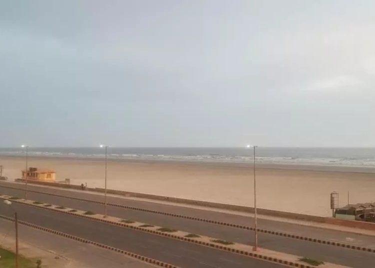 Karachi Beach during lockdown