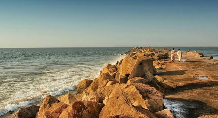 beautiful-beaches-of-pakistan
